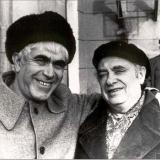 Друзья-поэты Марк Лисянский и Эмиль Январёв