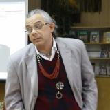 Аркадий Суров