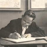 А.М. Топоров в литературно-краеведческом музее школы № 27 г. Барнаула, 17.07.1964 г.